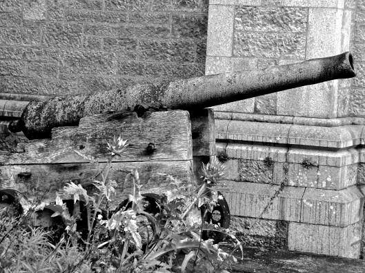 A Loose Cannon at Haddo House - monochrome seemed more appropriate