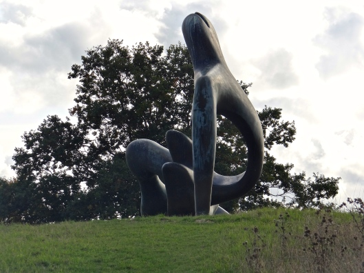 Large Reclining Figure - HM from an less usual angle
